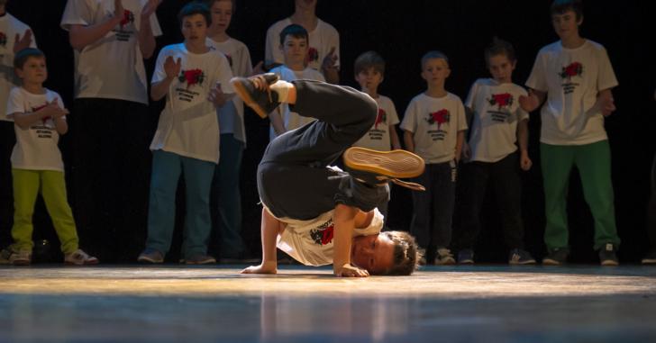 即興ダンスが踊れるようになる方法
